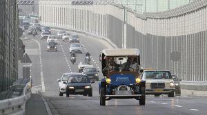 Pierwsze samochody wjechały na nowy most