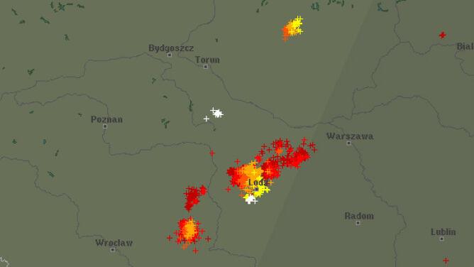 Burzowy wieczór w Polsce. <br />Sprawdź, gdzie grzmi