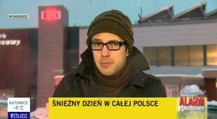 Zaśnieżony Bydgoszcz o poranku (TVN24)